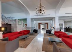 Hotel Melilla Puerto Affiliated by Meliá - Melilla - Lounge
