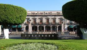Hotel Casino Morelia - Morelia - Gebouw
