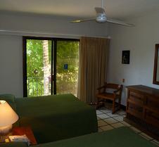 Puerto De Luna Pet Friendly & Family Suites Hotel