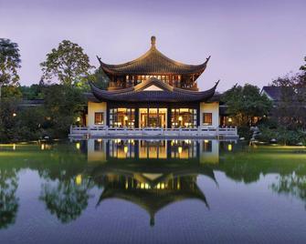 Four Seasons Hotel Hangzhou at West Lake - Hangzhou - Κτίριο