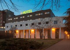 B&B Hotel Cremona - Crémone - Bâtiment