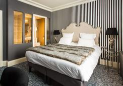 Hôtel Le Vendôme - Vendôme - Schlafzimmer