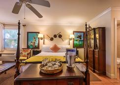 The Caribbean Court Boutique Hotel - Vero Beach - Phòng ngủ