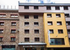 Hotel Catalunya Ski - El Pas de la Casa - Gebäude