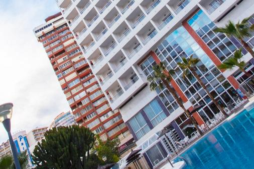 Poseidon Resort - Benidorm - Rakennus