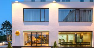Hotel Golf - פראג