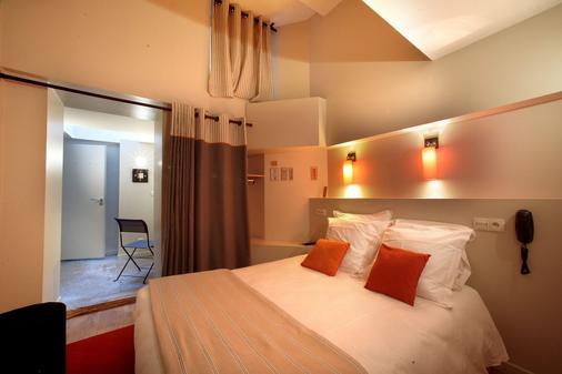 Hotelo - Lyon - Bedroom