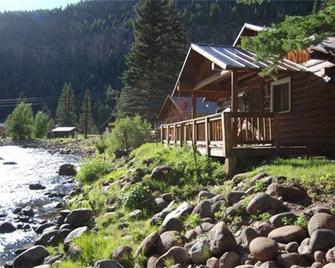 Wolf Creek Ranch Ski Lodge - South Fork - Building