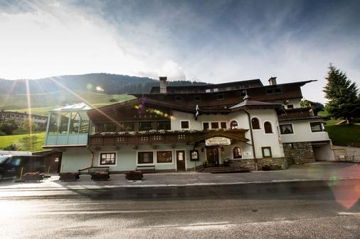 Hotel Höhlenstein - Tux-Vorderlanersbach - Rakennus
