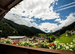 Hotel Höhlenstein - Tux - Vista del exterior