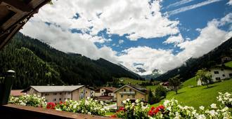 Hotel Höhlenstein - Tux - Vista externa