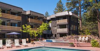 Hotel Azure - South Lake Tahoe - Edificio