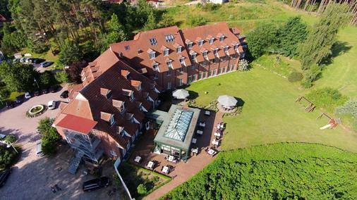 Hotel Bornmühle - Gross Nemerow - Building