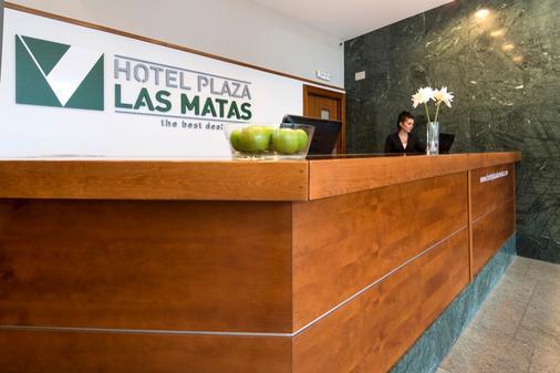 Hotel Plaza Las Matas - Las Rozas - Front desk
