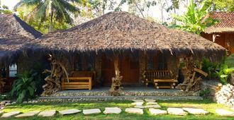 Rajaklana Resort, Villa And Spa - Yogyakarta - Outdoor view
