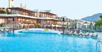 Asteria Bodrum Resort - בודרום - בריכה