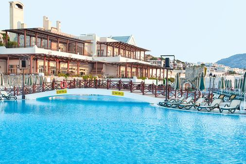 Wow Bodrum Resort - Bodrum - Pool