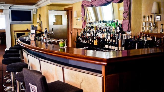 Romantik Hotel Julen - Zermatt - Baari
