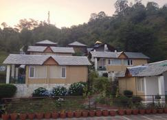 The Exotica - Dharamsala - Rakennus