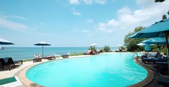 Amantra Resort & Spa - Ko Lanta - Piscina