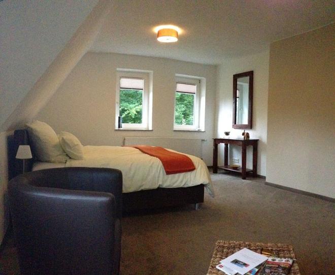 Bed & Breakfast Waldhaus Rose - Schmallenberg - Bedroom