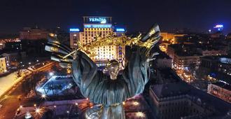 هوتل أوكرانيا - كييف - المظهر الخارجي
