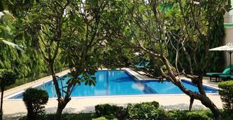 Starry Angkor Hotel - Siem Reap - Pool