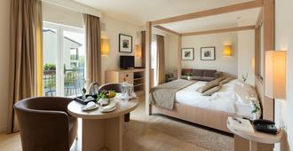 Principe Di Lazise - Wellness Hotel & Spa - לאציזה - חדר שינה