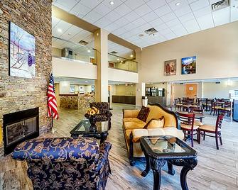 Cherokee Grand Hotel - Cherokee - Lounge