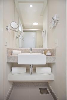 Best Western Plus Icarai Design Hotel - Niterói - Bathroom