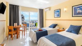 Apartamentos Tropical Garden - Ibiza - Bedroom