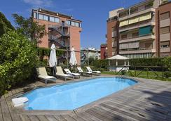 Grand Hotel Tiberio - Rome - Pool