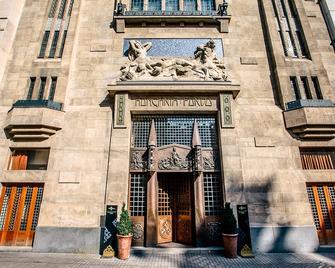 Continental Hotel Budapest - Boedapest - Gebouw