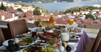 Tarabya Palas Suit - Istanbul - Rooftop