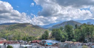 Edgewater Hotel Gatlinburg - Gatlinburg - Outdoor view