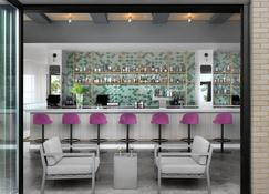 Angad Arts Hotel - St. Louis - Bar