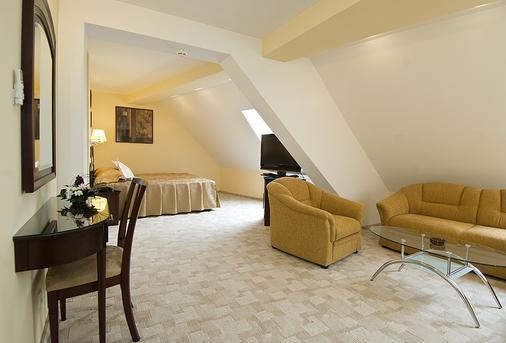 Hotel Ambient - Braşov - Bedroom