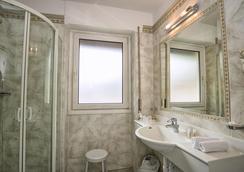 Hotel Garni Snaltnerhof - Ortisei - Phòng tắm
