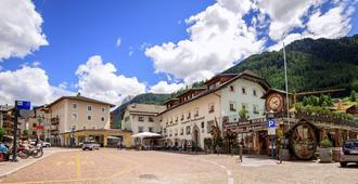 Hotel Garni Snaltnerhof - Ortisei - Κτίριο