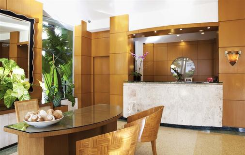 Richmond Studios South Beach - Miami Beach - Front desk
