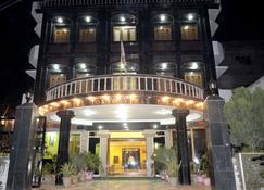 Hotel Tokyo Vihar - Bodh Gaya - Edifício