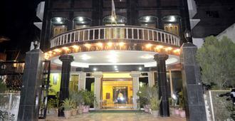 Hotel Tokyo Vihar - Bodh Gaya