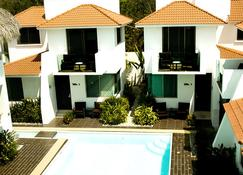 Villas Maria Isabel - Tangolunda - Building