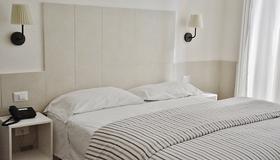 Hotel Ideal - Nápoles - Quarto