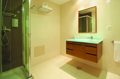 Real Marina Residence - Olhão - Bathroom