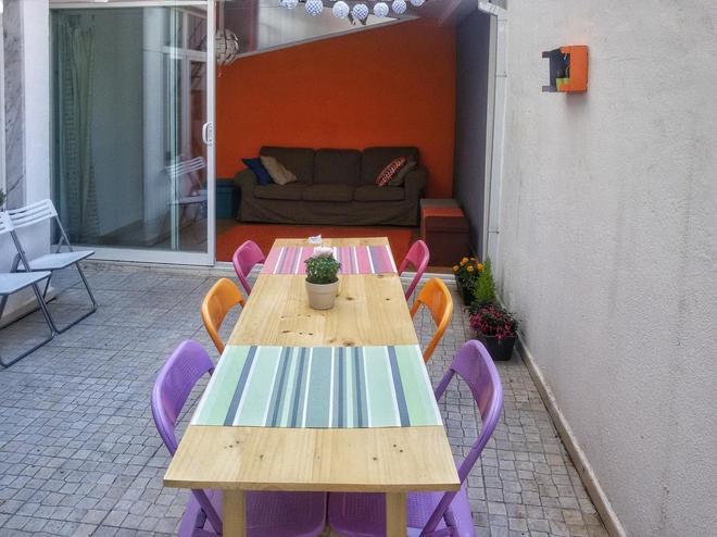 City Hostel Lisbon - Lisbon - Balcony