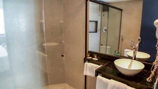 Dublê Hotel - Recife - Kylpyhuone
