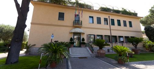 Casa Caburlotto Roma - Rome - Building