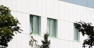 Hotel Partner - Varsovia - Edificio