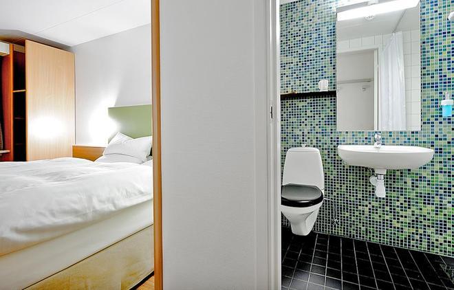 Good Morning Hotel Arlanda - Arlanda - Kylpyhuone